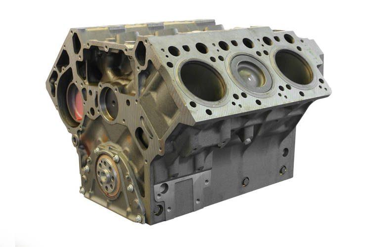 Bloque de motor con ductos de anticongelante y aceite
