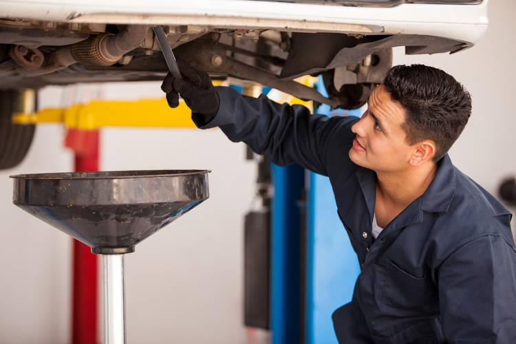 cambio aceite motor auto