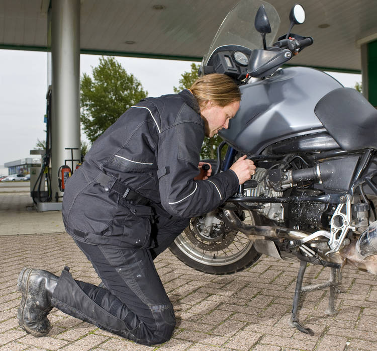 Revisar Aceite Moto Frecuentemente