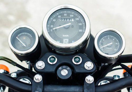 Limpia los Instrumentos de tu Moto