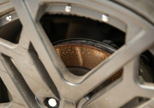 Evita la Corrosión en el Sistema de Frenos