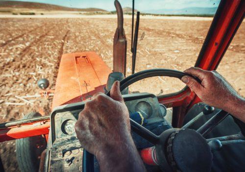 Evita que el asiento del tractor se rompa o sufra cuarteaduras