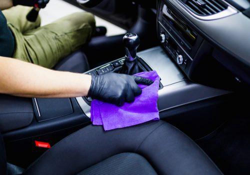 ¿Cómo devolverles la vida a los asientos de mi auto?