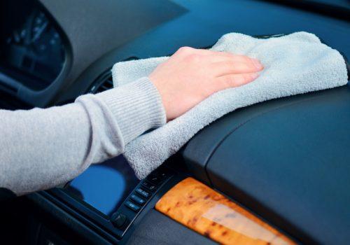 Evita que el tablero de tu auto se vea afectado por la corrosión
