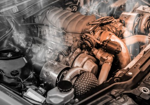¿Qué pasa si no uso el aceite lubricante adecuado en mi auto?