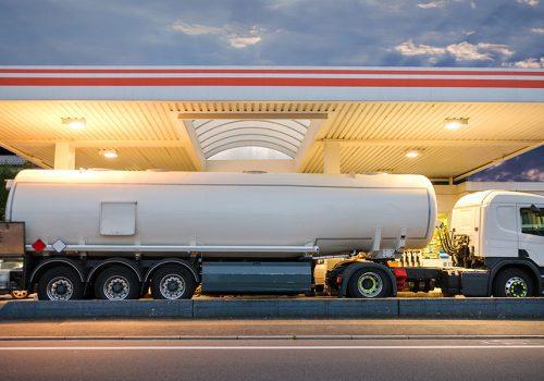 Ahorra Dinero con un Aditivo para Diesel en tu Tráiler