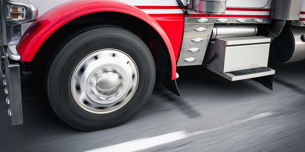 Cuida las llantas de tu tráiler o camion e las altas temperaturas