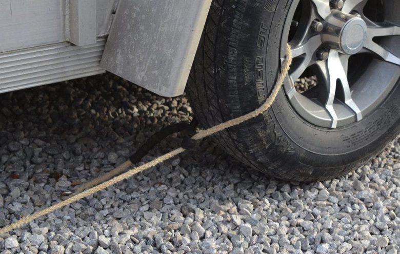 Usa una cuerda en las llantas