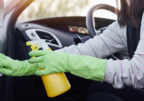 Desinfecta en Interior de tu Taxi