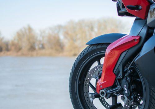 Protege los Plásticos de tu Moto